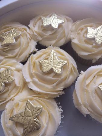 Karen's gorgeous cupcakes