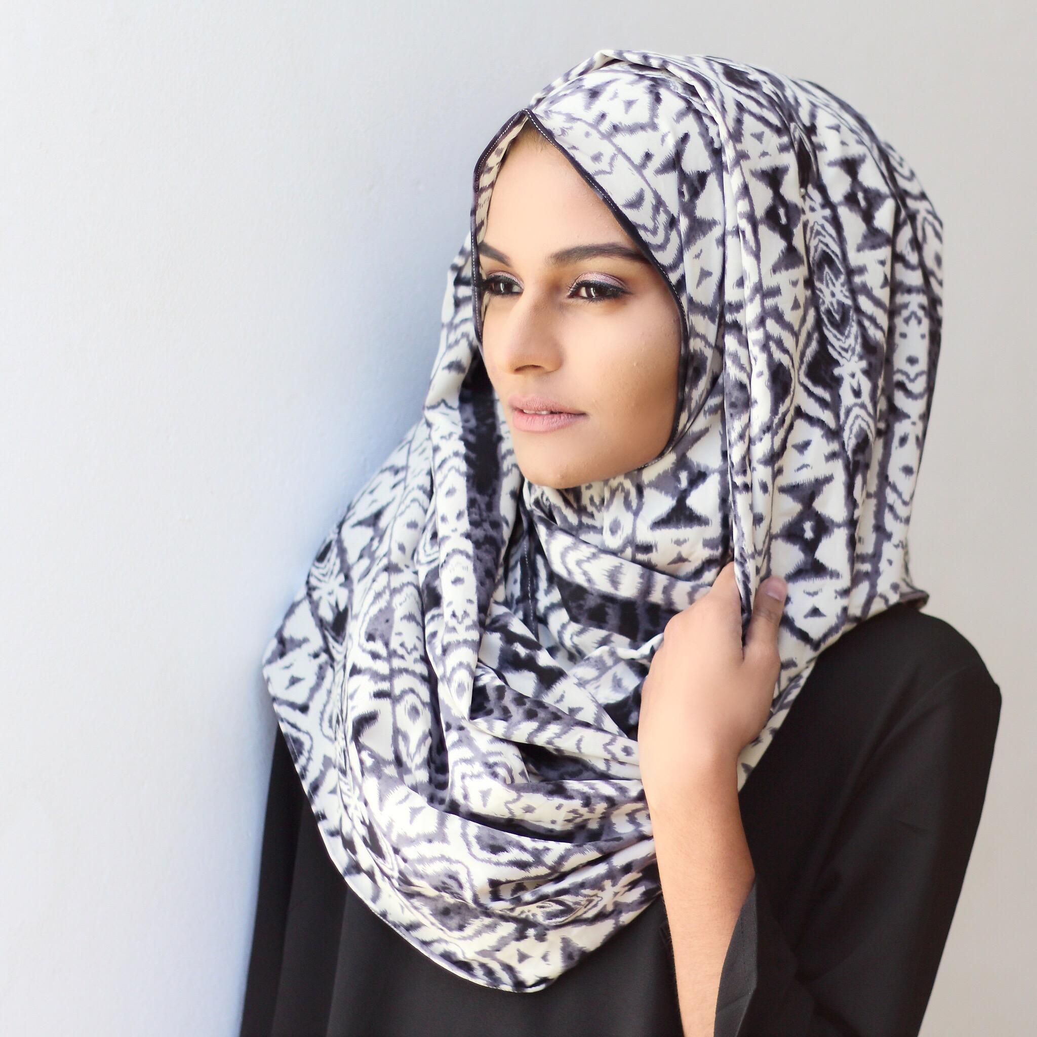 How to infinity wear scarf hijab video