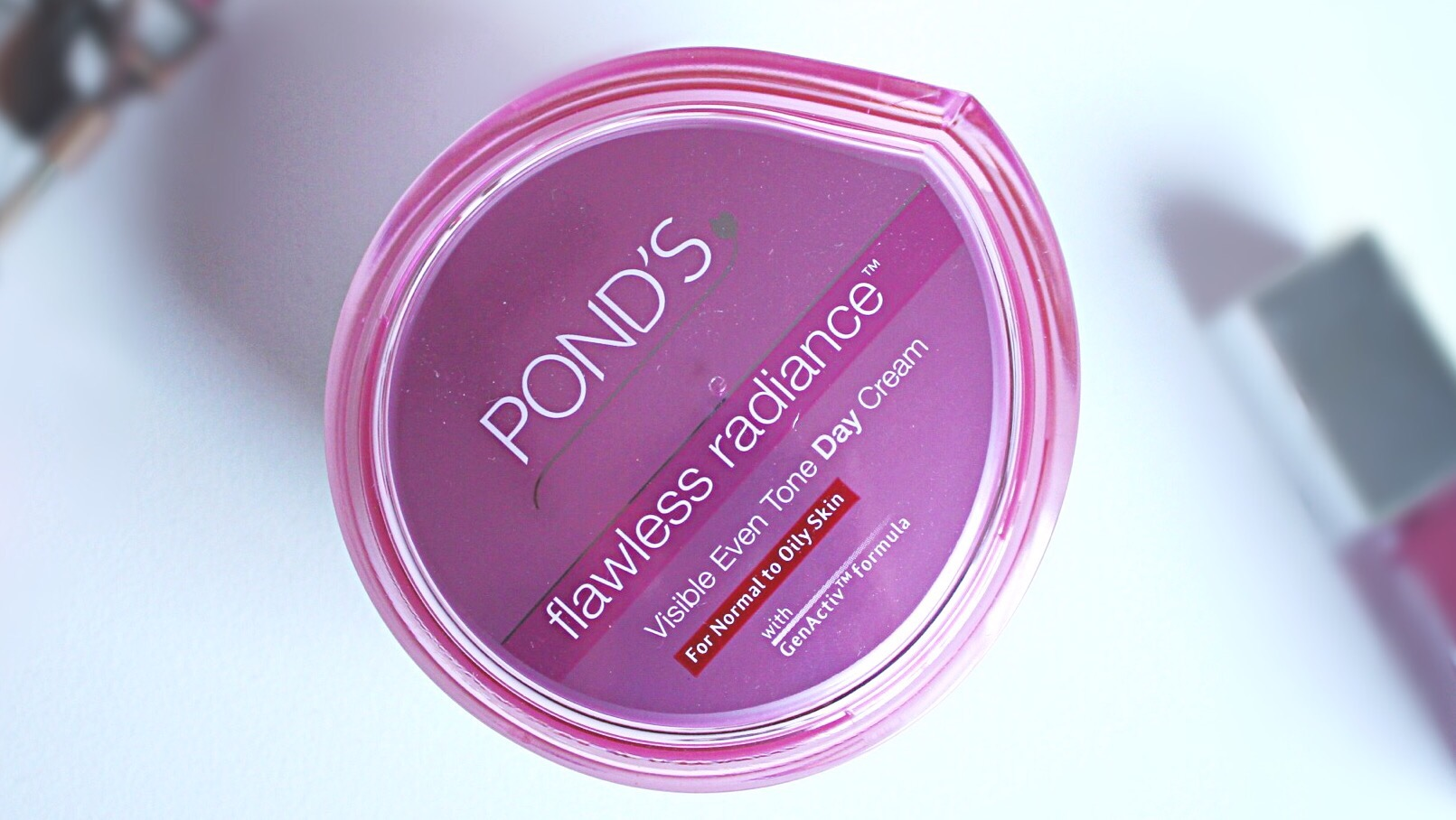 Uncategorized Ponds Flawless White Night Cream 50g During My Test And Review Period Of This Range I Used The Day As A Sub For Primer It Really Did Wonderful Job In Keeping Skin Moisturized